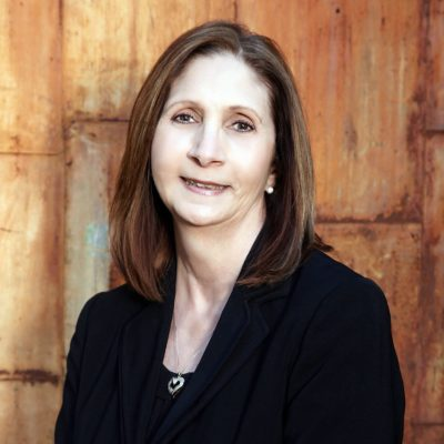 Karen Keller Headshot