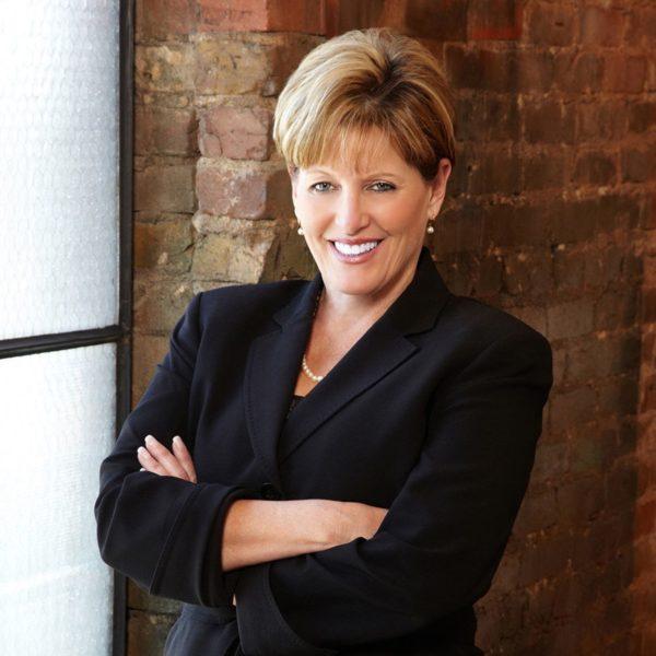 Dana Walters Headshot